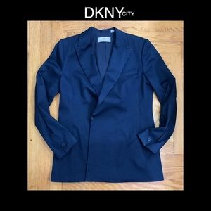 ⚜️DKNY 12 Dark Blue Denim Blazer⚜️